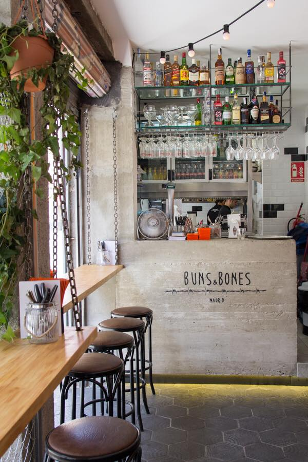 Gastroeconomy_BunsandBones1